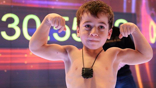 Пятилетний Рахим Куриев, установивший мировой рекорд по количеству отжиманий от пола. 28 ноября 2018