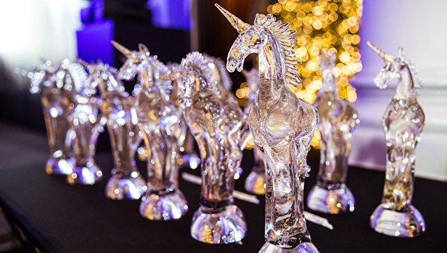 Статуэтки премии Golden Unicorn Awards. Архивное фото