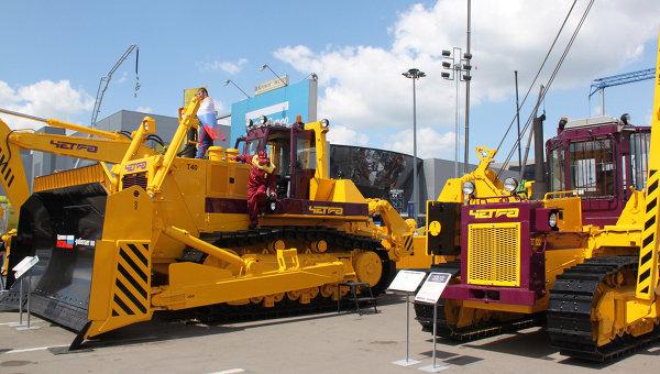 Выставка машиностроительной продукции. Архивное фото
