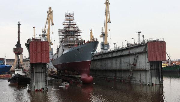 Спуск на воду корвета в Санкт-Петербурге. Архивное фото.