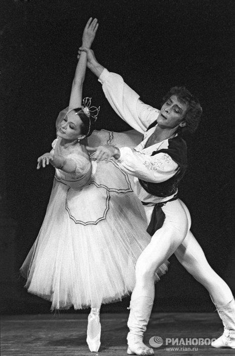 Сцена из балета Бабочка
