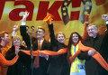 Оранжевая революция. Юлия Тимошенко и Виктор Ющенко на Майдане Незалежности