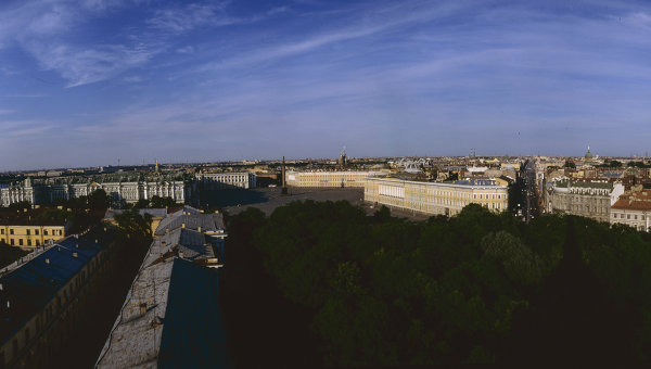 Вид сверху на центр Санкт-Петербурга. Архивное фото