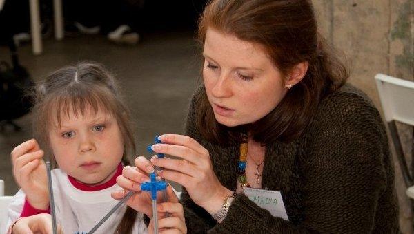 Волонтер Мария Говязина и ее Младшая сестра Маша