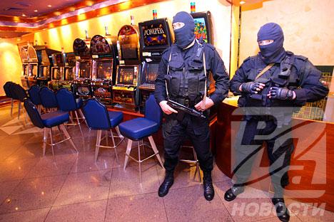 Игровые автоматы анонимный звонок игровые автоматы kz
