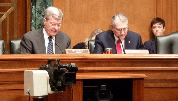 Слушания в финансовом комитете сената США по вопросу отмены поправки Джексона-Вэника в отношении России.