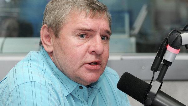 Советский хоккеист Владимир Крутов