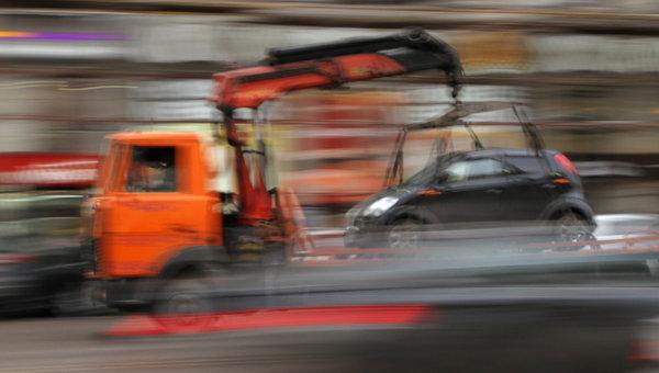 Эвакуация автомобиля. Архив