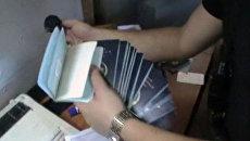 Силовики изъяли сотни бланков и печатей у продавцов фальшивых документов