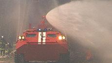 Машину, способную тушить пожар из его эпицентра, показали на выставке МЧС