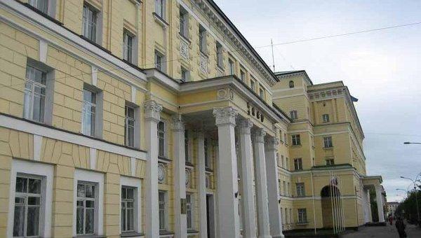Здание администрации города Мурманска