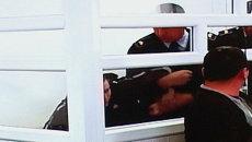Конвоиры скрутили Челаха после попытки самоубийства в зале суда
