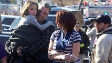 Ситуация после стрельбы в школе Ньютауна (штат Коннектикут), архивное фото