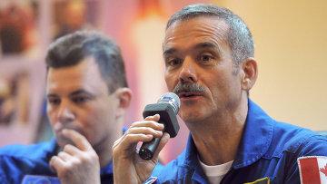 Предполетная пресс-конференция экипажа корабля Союз ТМА-07М