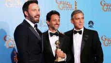 Бен Аффлек, Грант Хеслов и Джордж Клуни на церемонии вручения «Золотого глобуса»