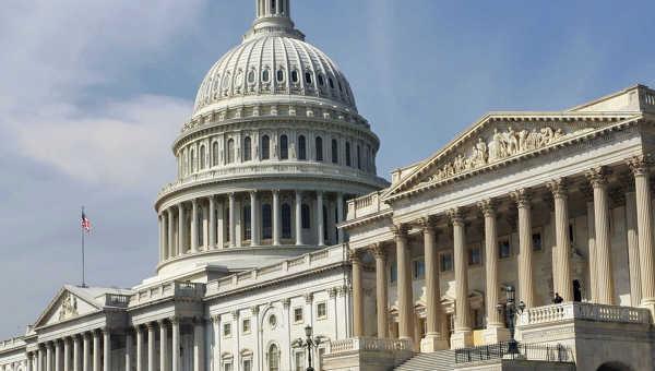 Здание Конгресса США (Капитолий) в Вашингтоне, архивное фото