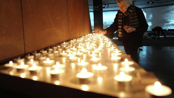Откровения киевлянки. Скорбь о жертвах холокоста и нацистские марши