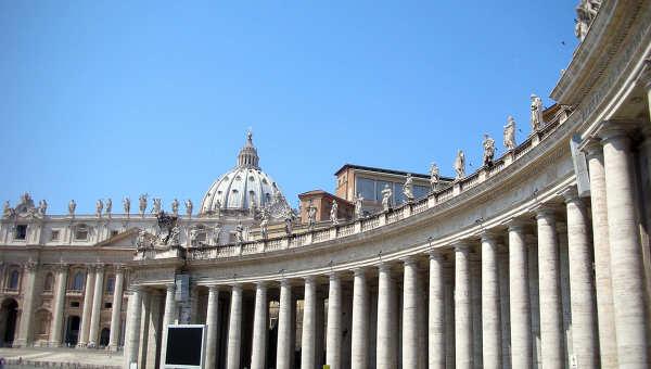 Площадь Святого Петра и Собор Святого Петра. Архивное фото
