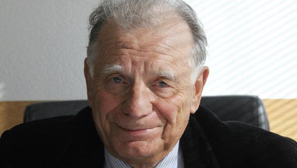 Нобелевский лауреат Жорес Алферов. Архив