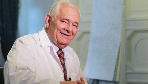 Директор НИИ неотложной детской хирургии и травматологии Леонид Рошаль. Архивное фото