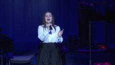Дина Гарипова спела татарскую песню перед столичным концертом Джоша Гробана