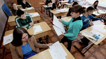 Сдача экзамена в школе. Архивное фото