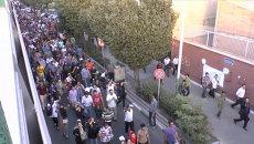 Шествием с аплодисментами Иран встретил победу Роухани на выборах президента