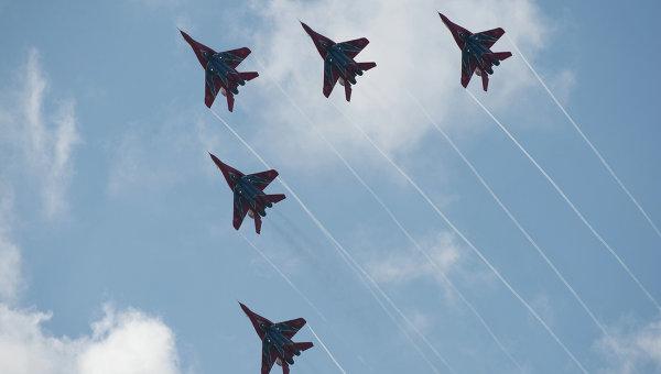 Истребители Миг-29 АГВП группы Стрижи. Архивное фото