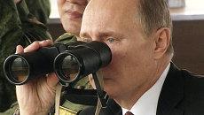 Путин проверил, как пехота и авиация обороняют побережье на учениях в ВВО