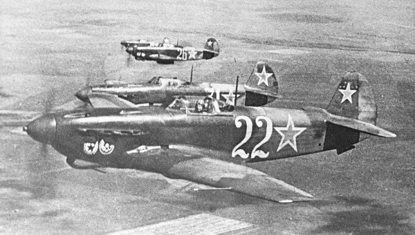 Самолет-истребитель Як-9, архивное фото