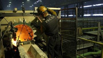 Алюминиевые заводы компании РУСАЛ - главные потребители продукции Ярославской горнорудной компании. Архивное фото