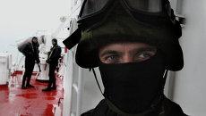 Показательные учения морских пограничников в Приморье