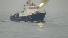 Приморские пограничники впервые показали иностранцам работу водолазов