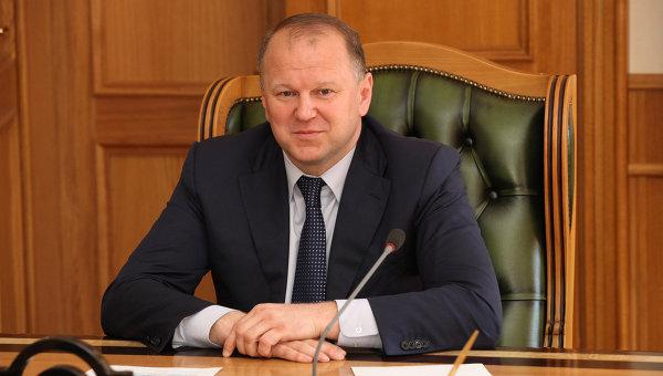 Полпред президента вручил диплом школьнику из Полярного