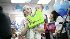 Благотворительная акция банка ВТБ Мир без слез в красноярской городской детской больнице №4
