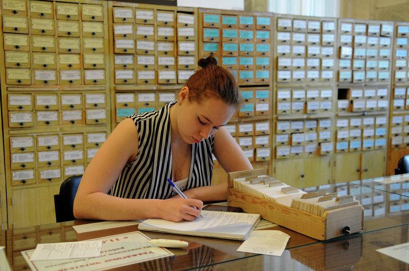 Библиотека тгу упростит заказ книг, оцифровав карточные ката.