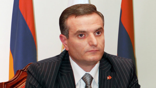 Депутат от правящей партии: В Армении нет партийной монополии – в парламенте около 20 партий