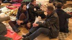 Манифестанты превратили мэрию Киева в штаб с ночлежкой, кухней и медпунктом
