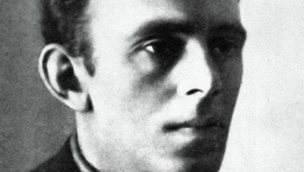 Поэт Осип Мандельштам