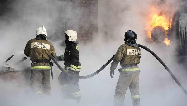Пожар на складе. Архивное фото