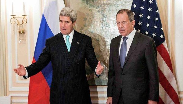 Джон Керри и Сергей Лавров в Мюнхене. Архивное фото
