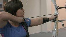 Красноярская лучница тренируется перед эстафетой Паралимпийского огня