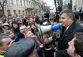 Новый министр внутренних дел Украины Арсен Аваков у здания украинского парламента в Киеве