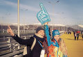 Участница церемонии открытия Олимпиады, томичка Алиса Чеботарева (слева) в Сочи