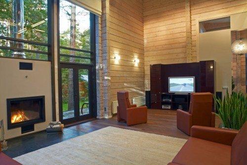 Интерьер деревянного дома: обычный сруб, охотничье логово или high-tech?