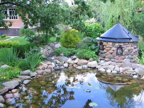 Искусственный водоем: спасение от жары, место для отдыха и украшение дачи