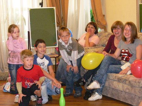 Акция Семья помогает семье