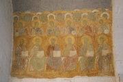 Внутри Дмитриевского собора во Владимире