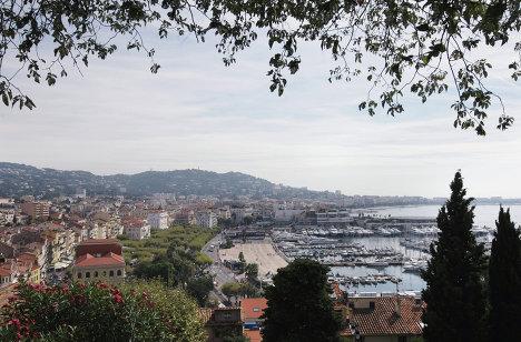 Вид на город Канны