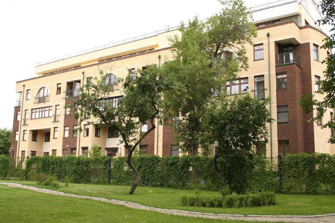 Десять домов с самыми дорогими квартирами в Москве